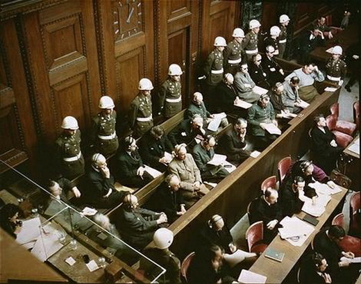 http://ourcountryspresident.files.wordpress.com/2009/04/nuremberg_trials.jpg?w=520&h=409